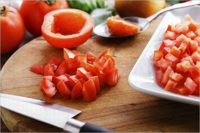 切ったトマトの保存方法