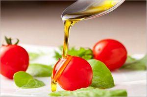トマト 油